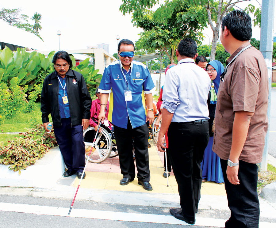 One of the participants to be blind for Audit Access